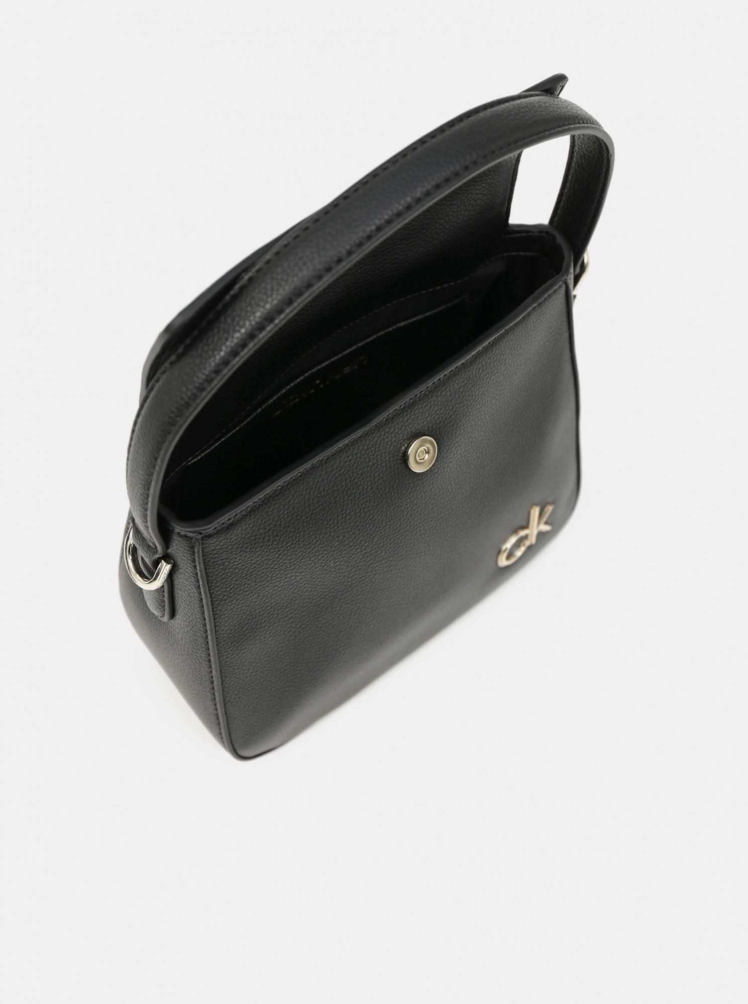 Calvin Klein черна дамска чанта Hobo W/Flap