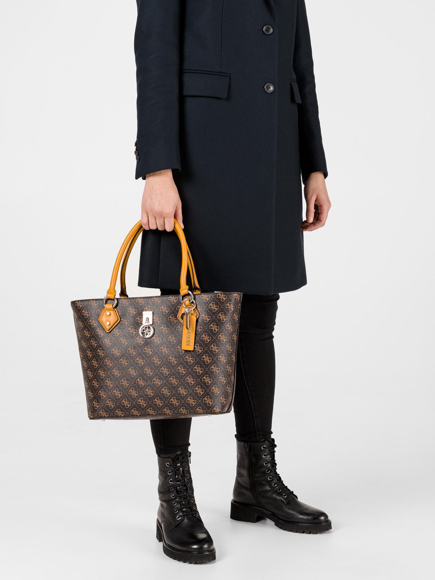 Guess кафява дамска чанта Jensen Society