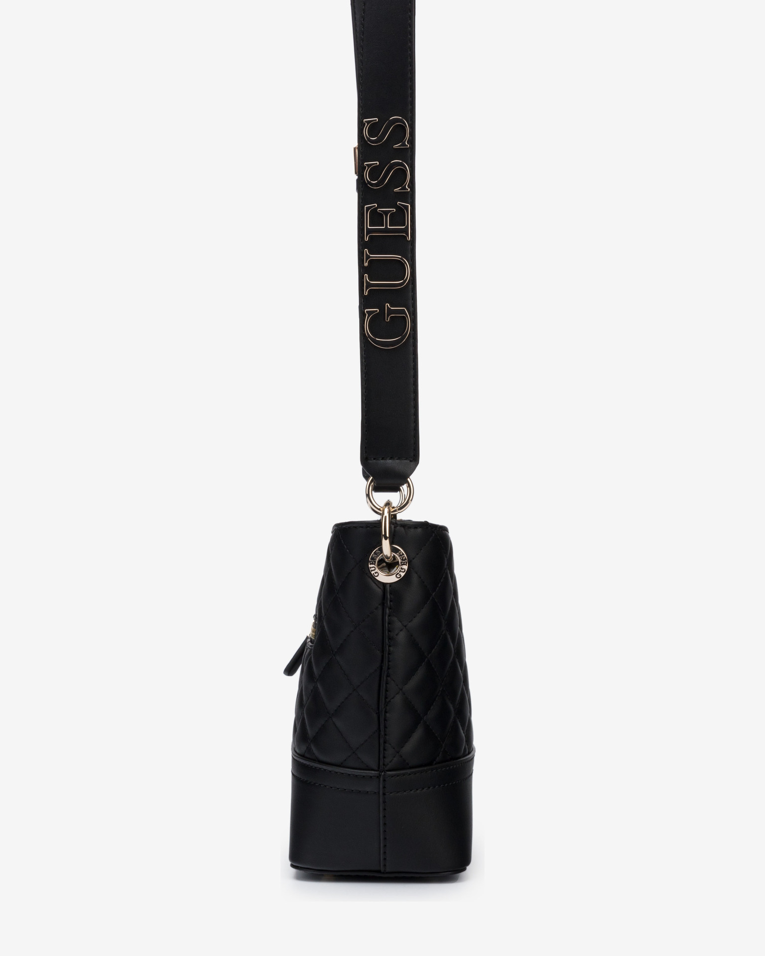Guess черна дамска чанта Illy