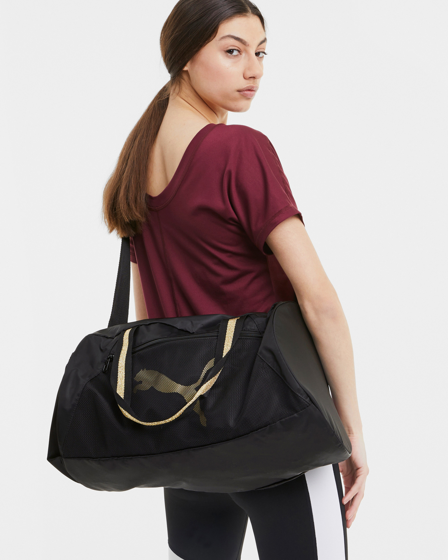 Puma черна пътуване чанта AT ESS Barrel