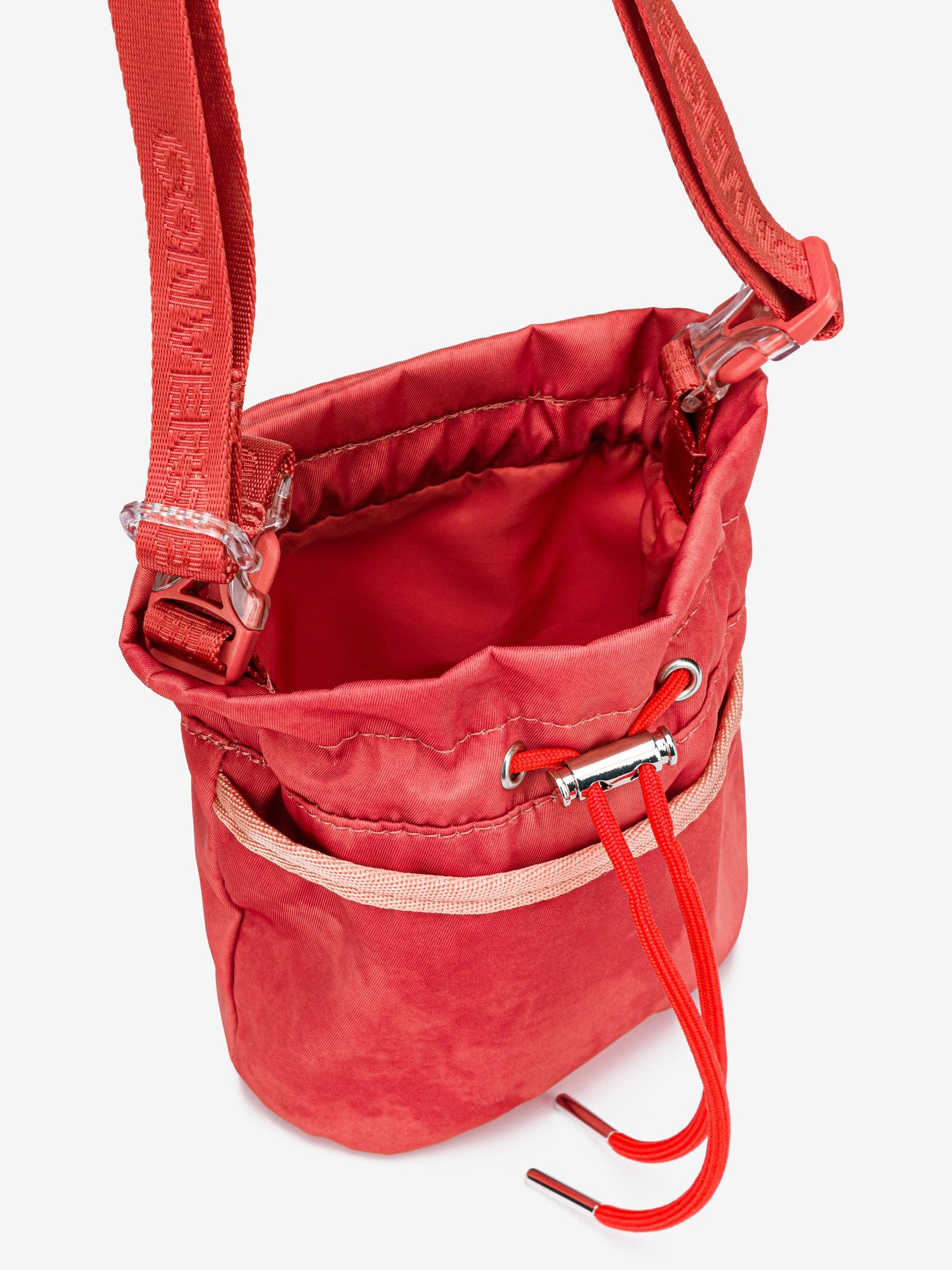 Converse червена crossbody чанта Mini Bucket
