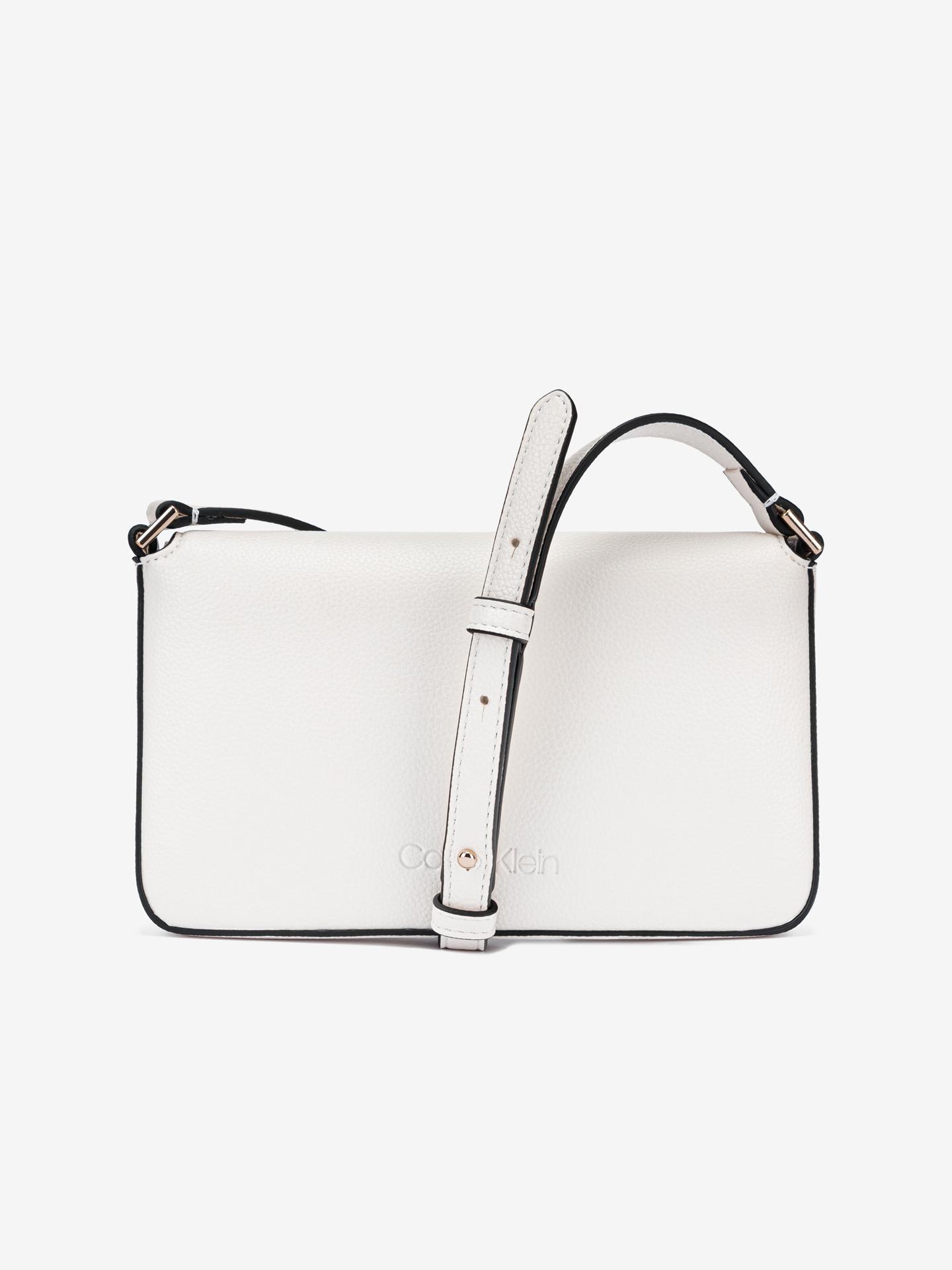 Calvin Klein бяла crossbody дамска чанта Ew Flap