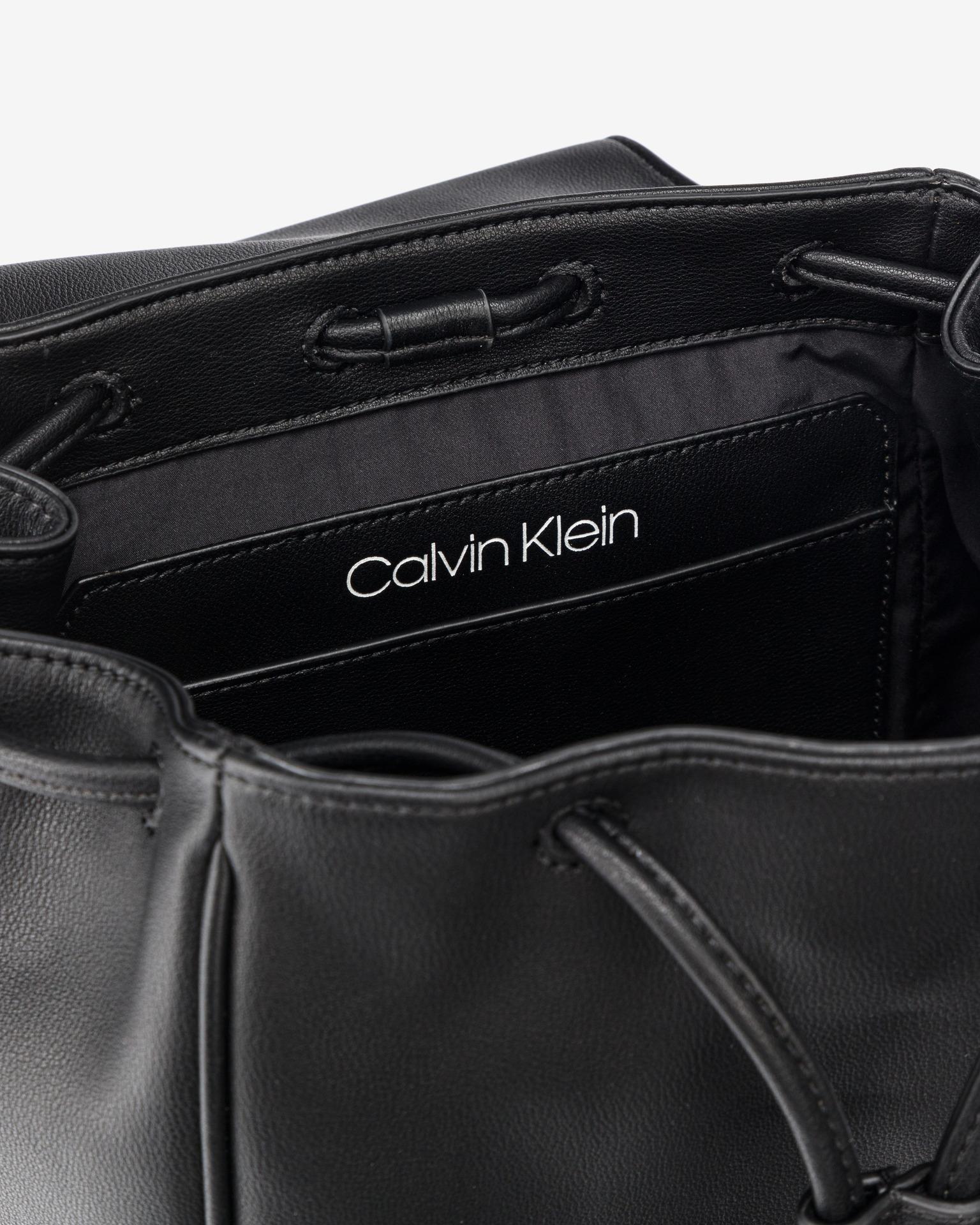 Calvin Klein черна раница Drawstring