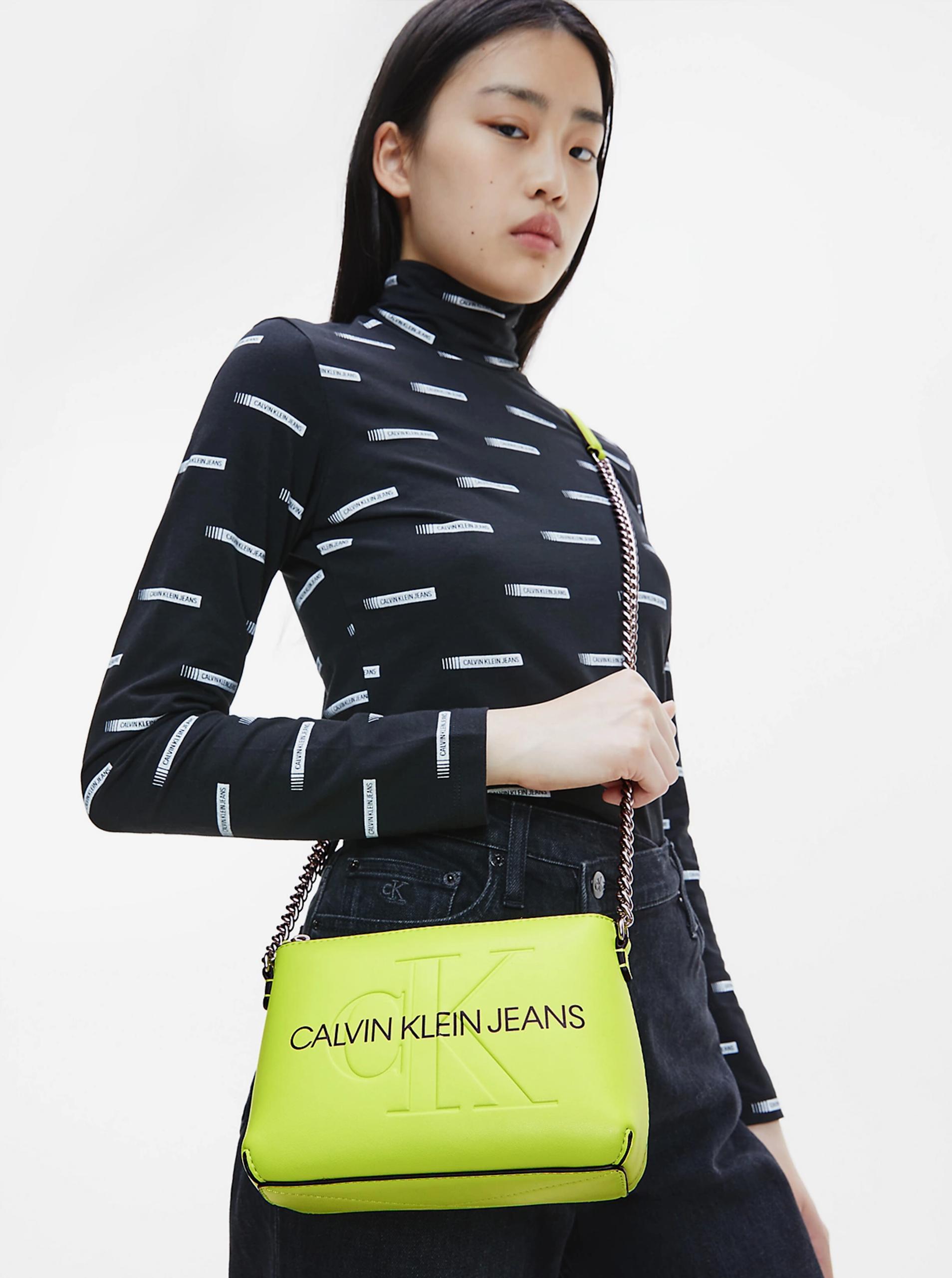 Calvin Klein зелена crossbody дамска чанта