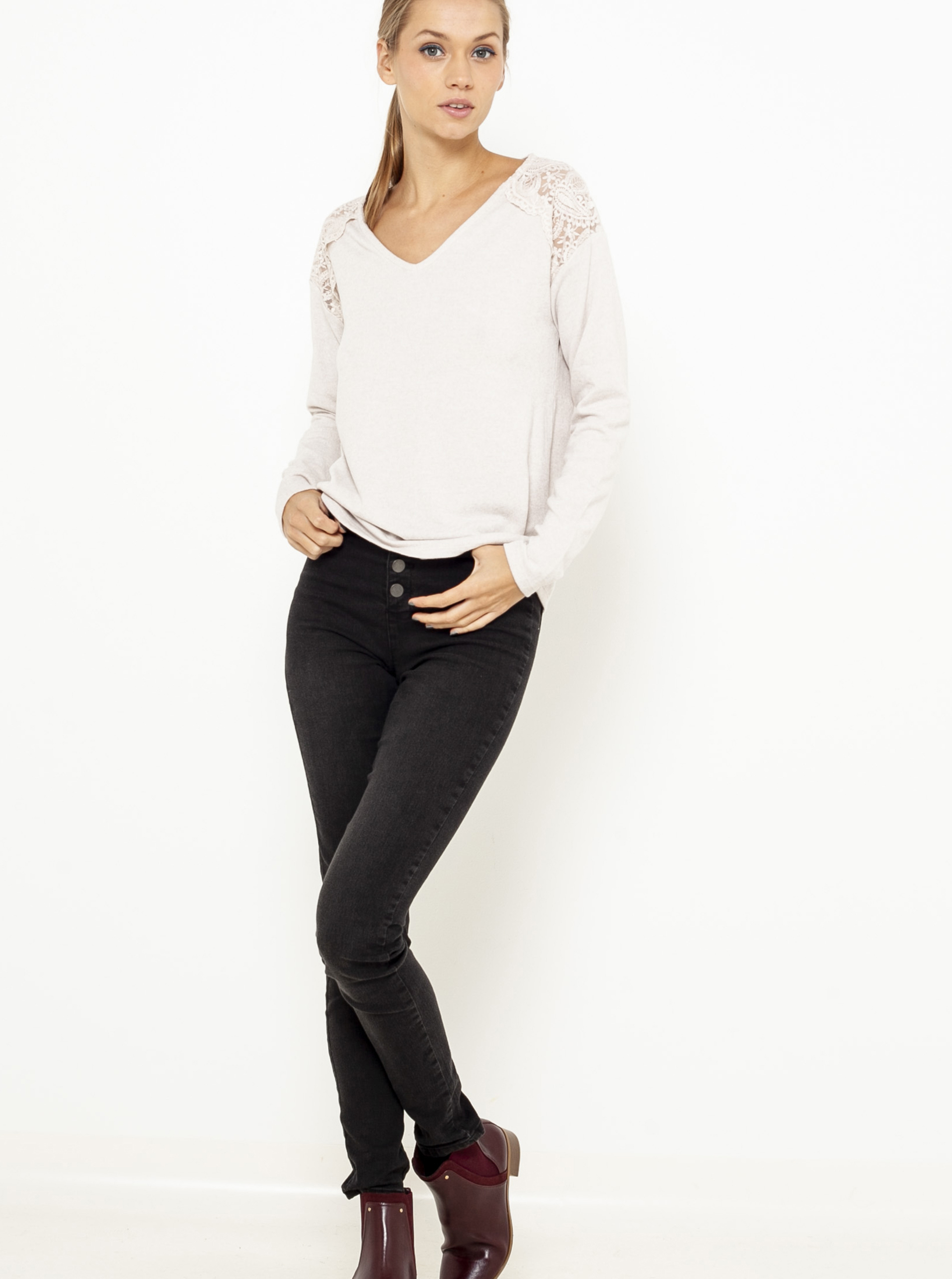 CAMAIEU сметанова / кремова женски риза с дантела