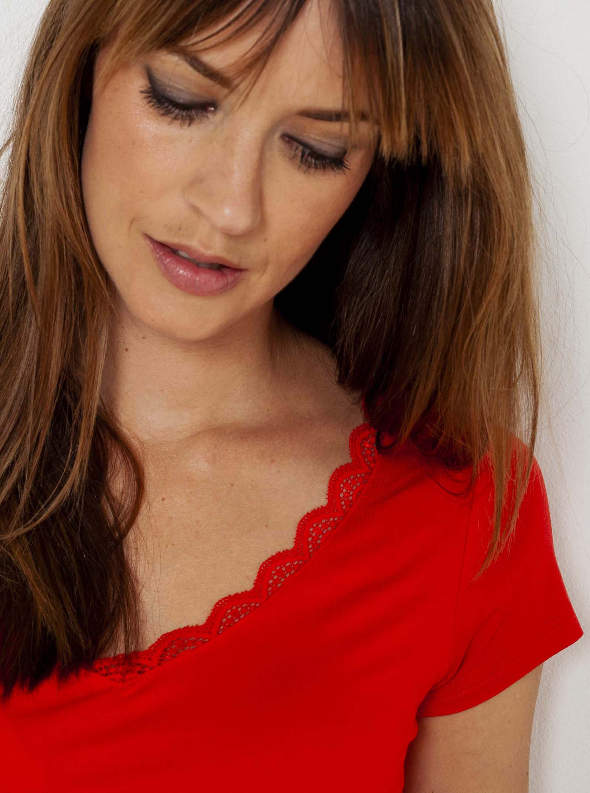 CAMAIEU Дамска тениска червено