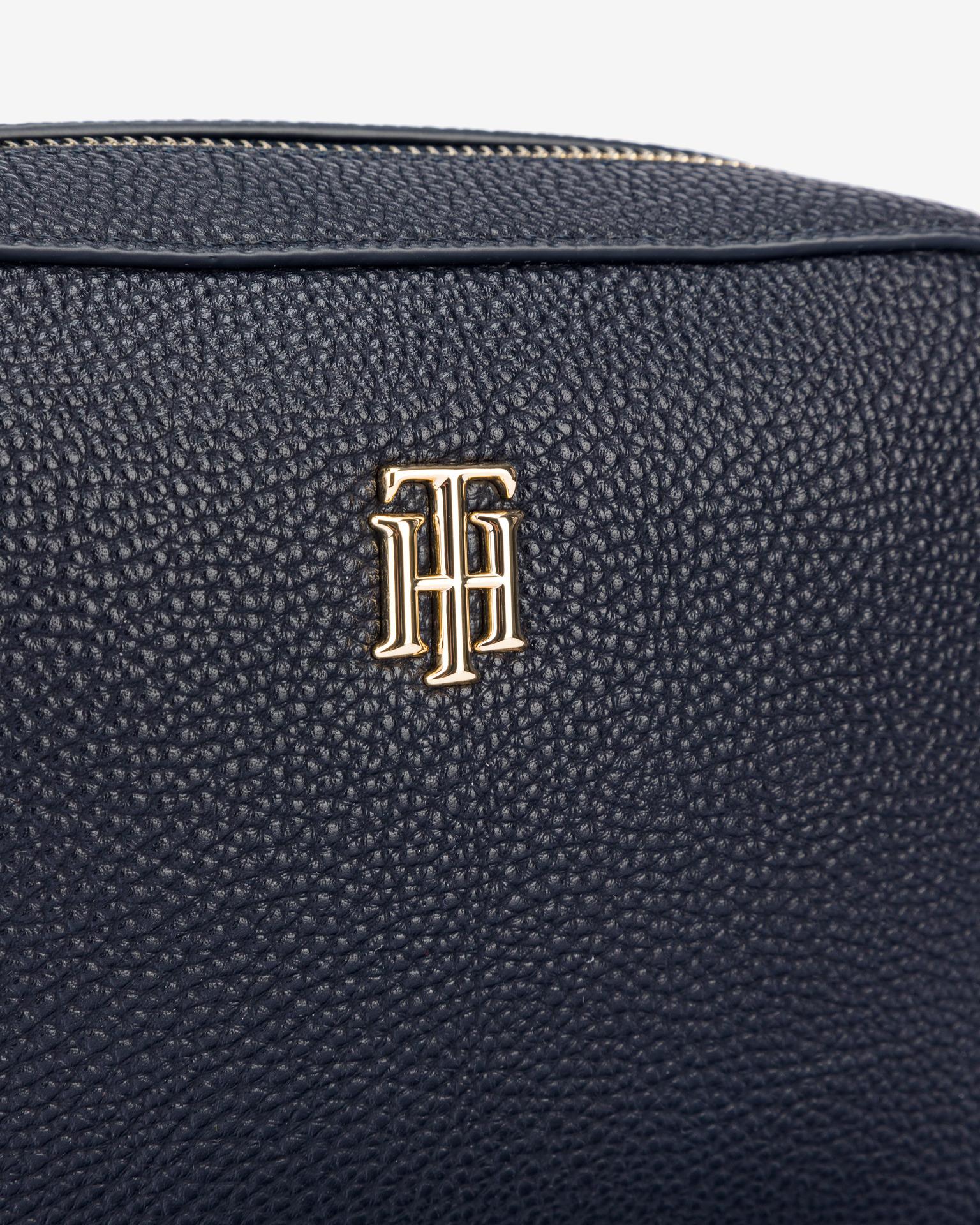Tommy Hilfiger синя crossbody дамска чанта Essence