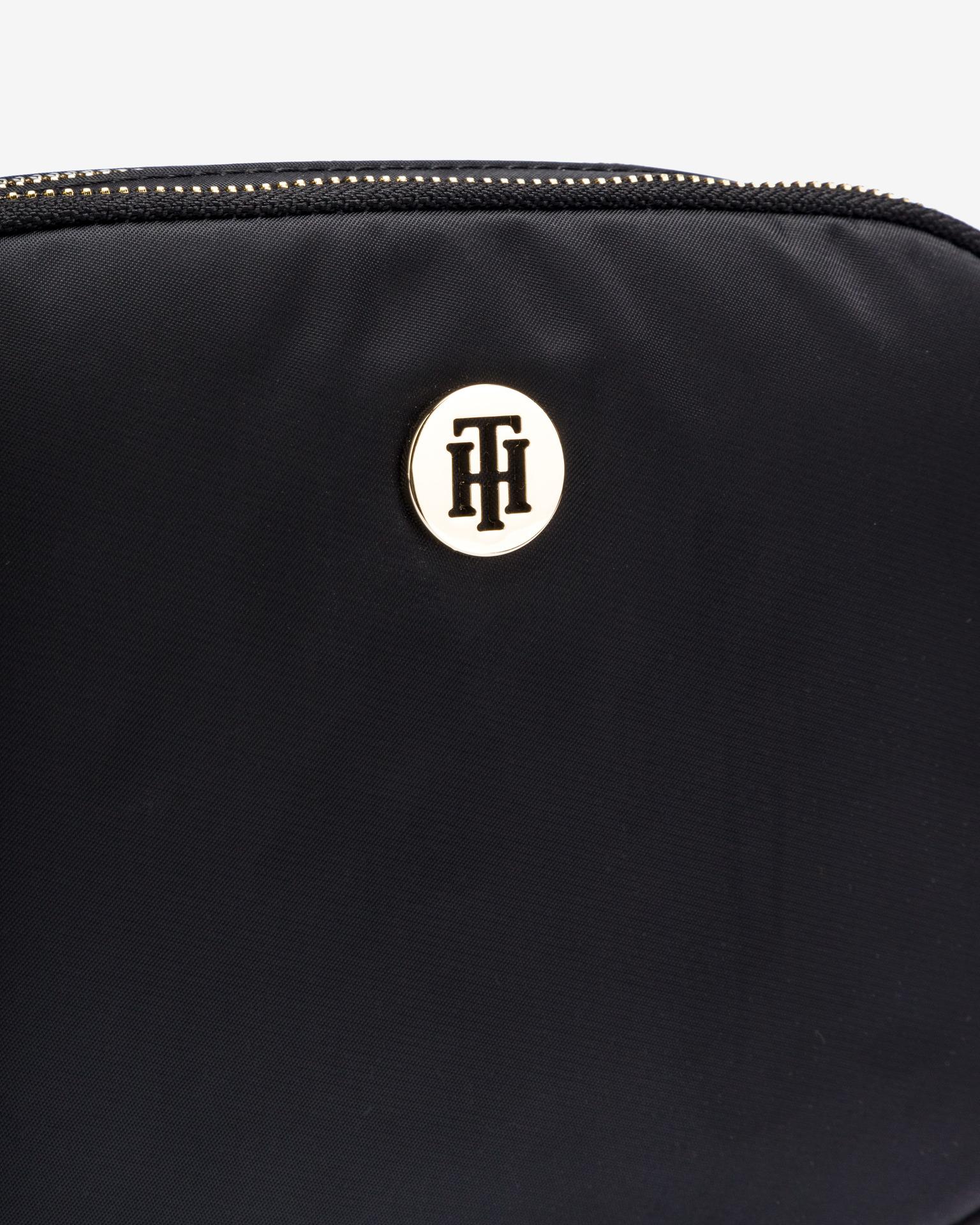 Tommy Hilfiger черна crossbody дамска чанта Poppy