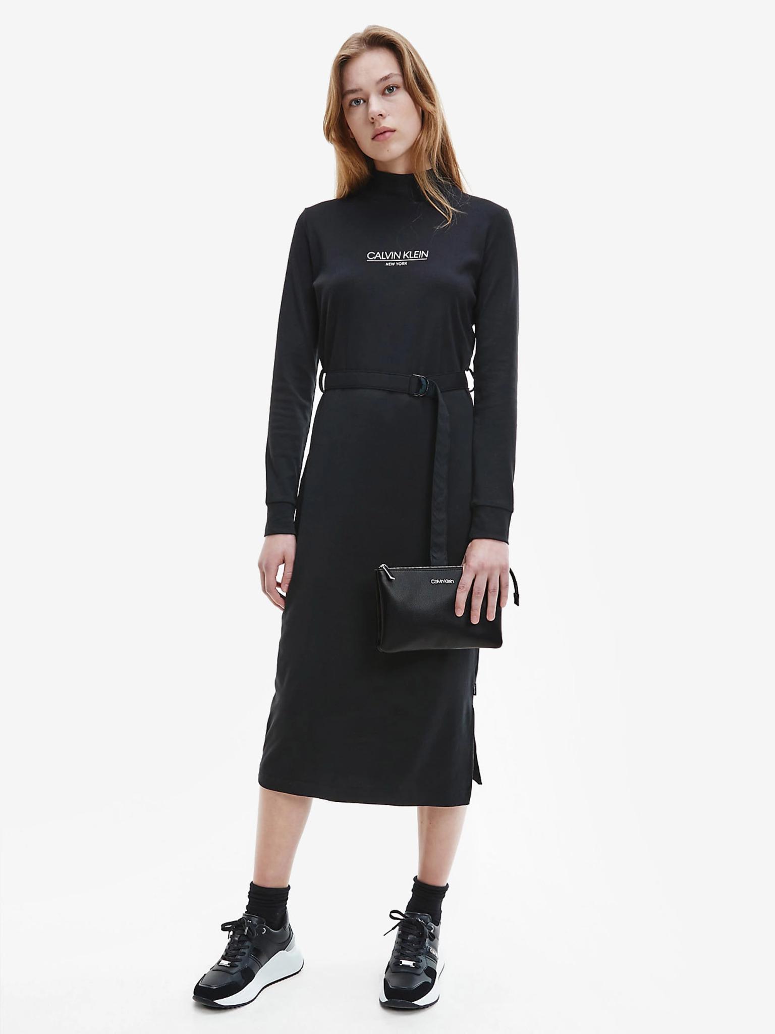 Calvin Klein черна crossbody чанта Must