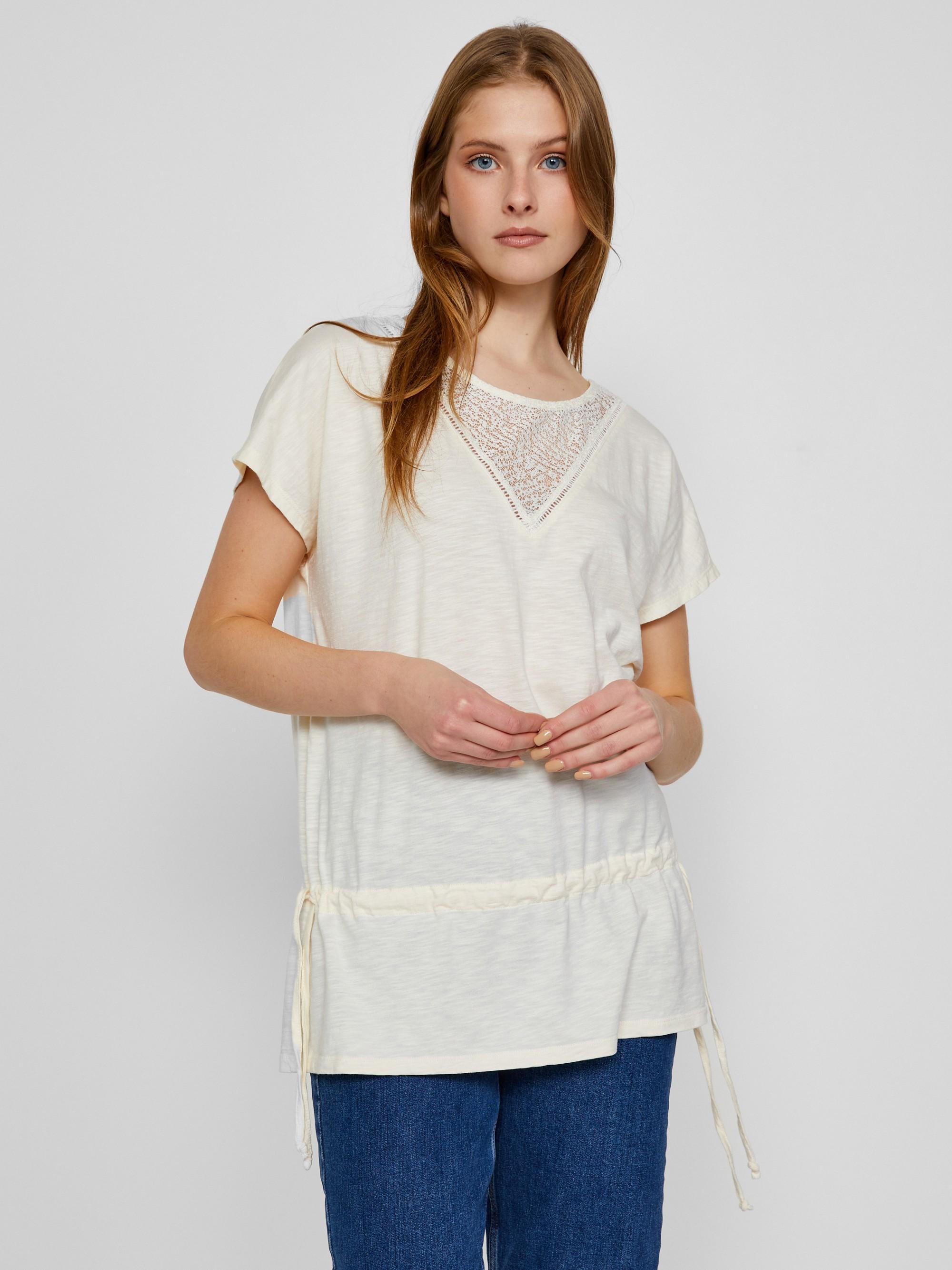 CAMAIEU бяла риза с дантела
