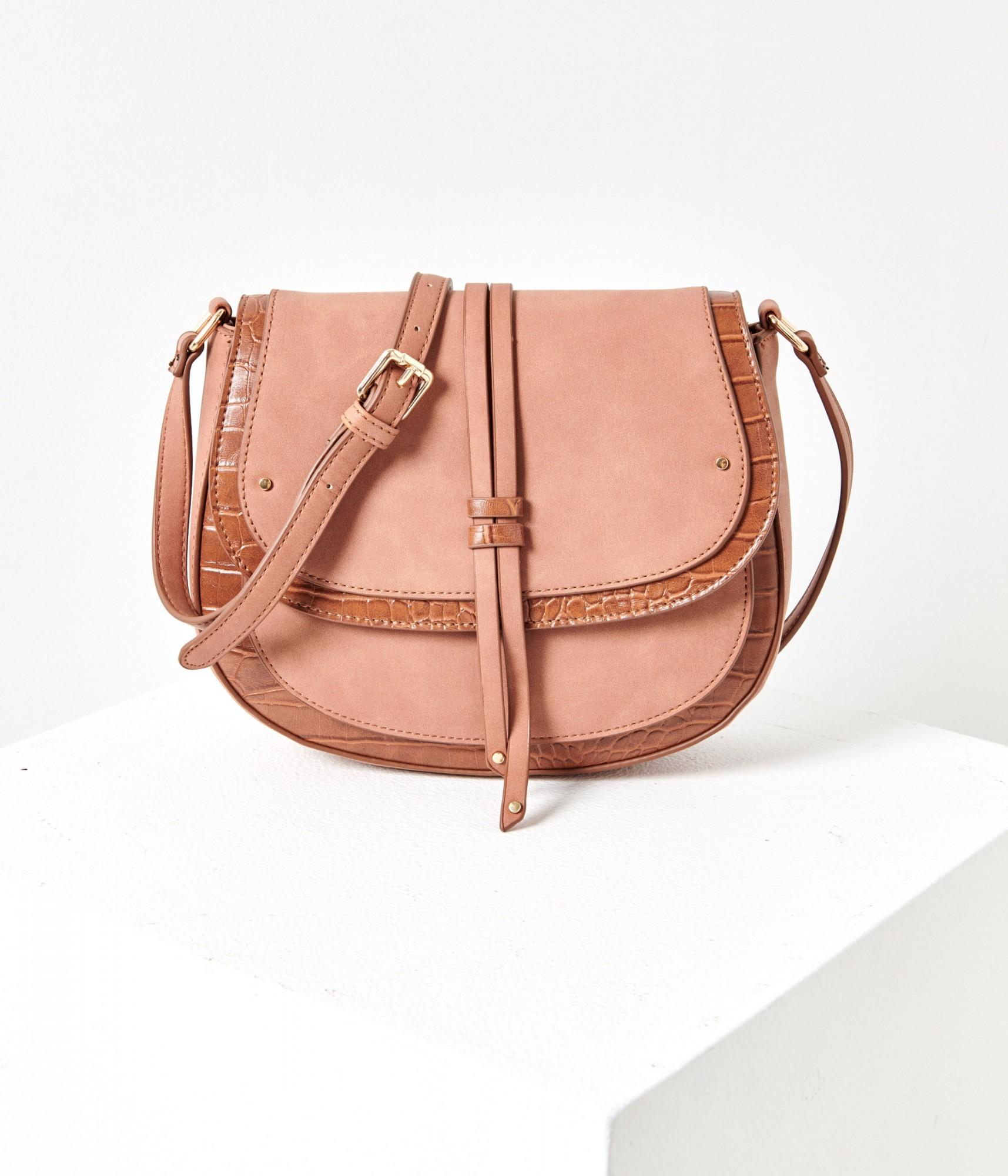Светлокафява дамска чанта с кръстосан модел с крокодилски модел CAMAIEU