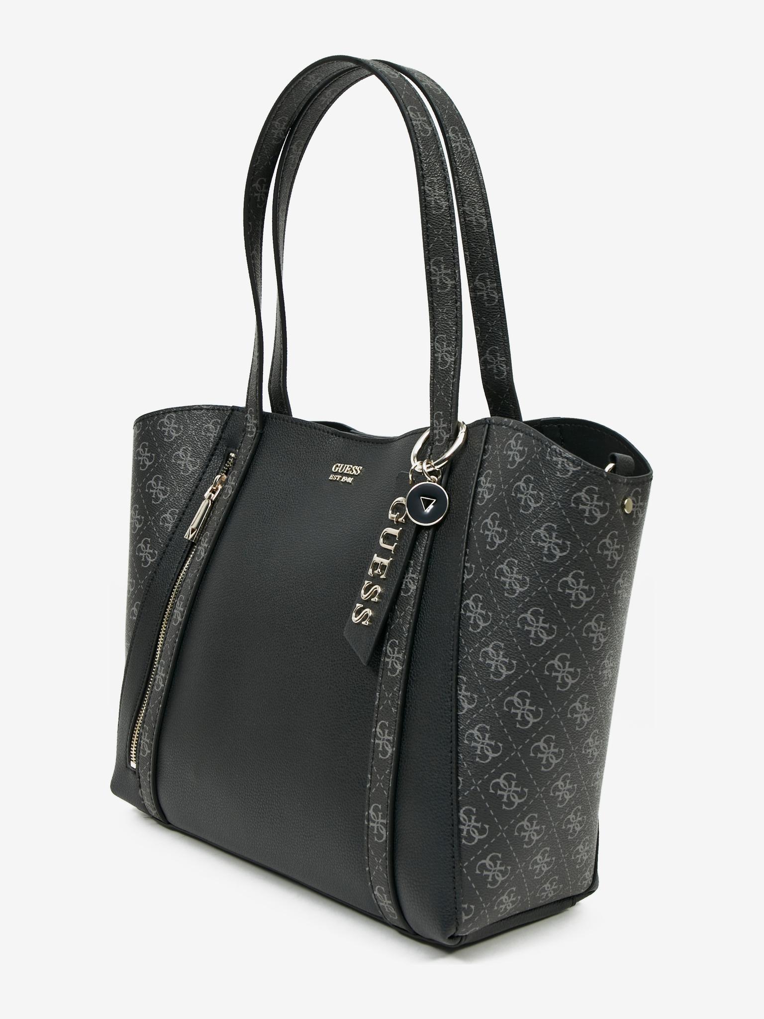 Guess черна дамска чанта Naya