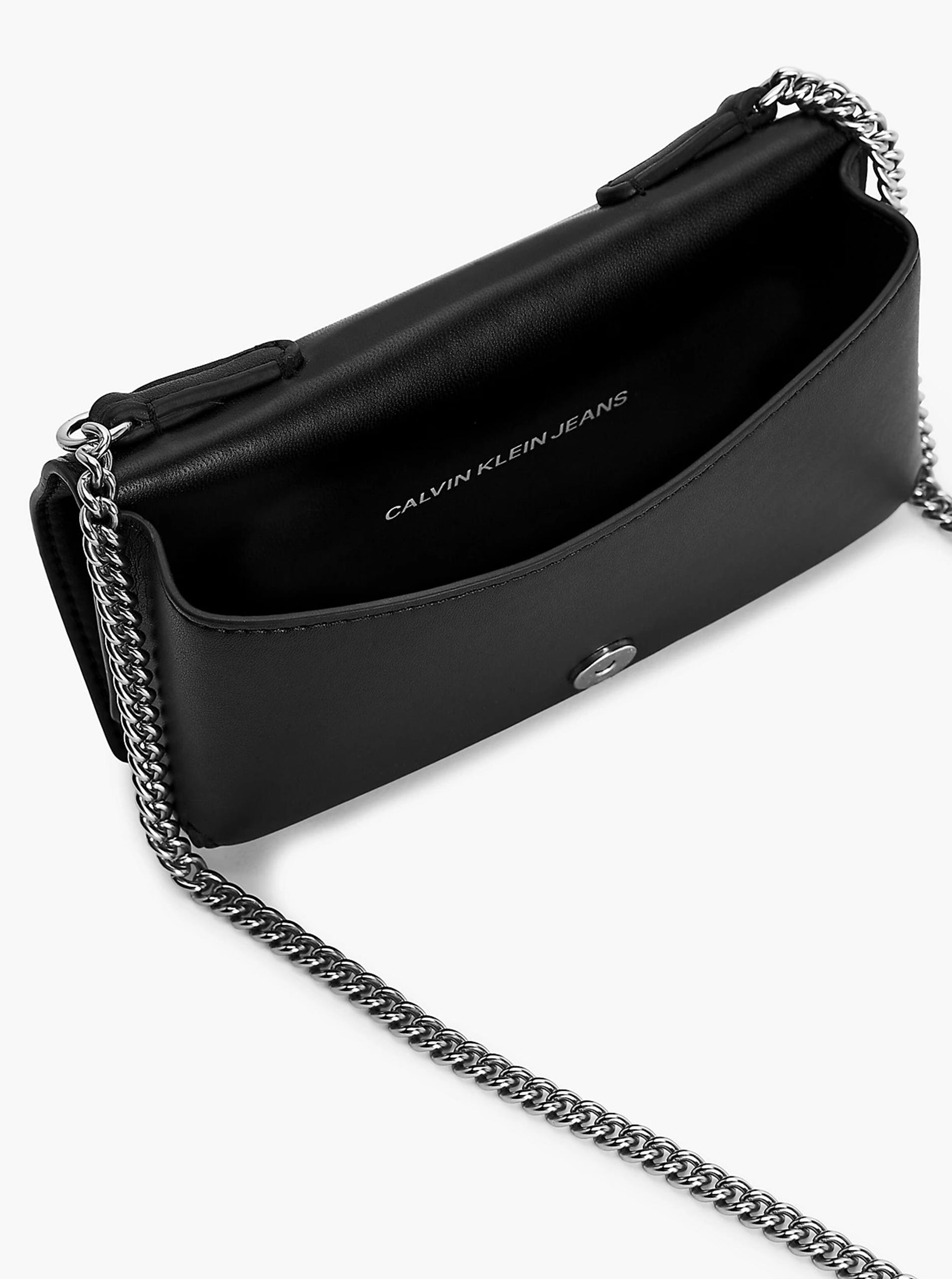 Calvin Klein черна crossbody дамска чанта