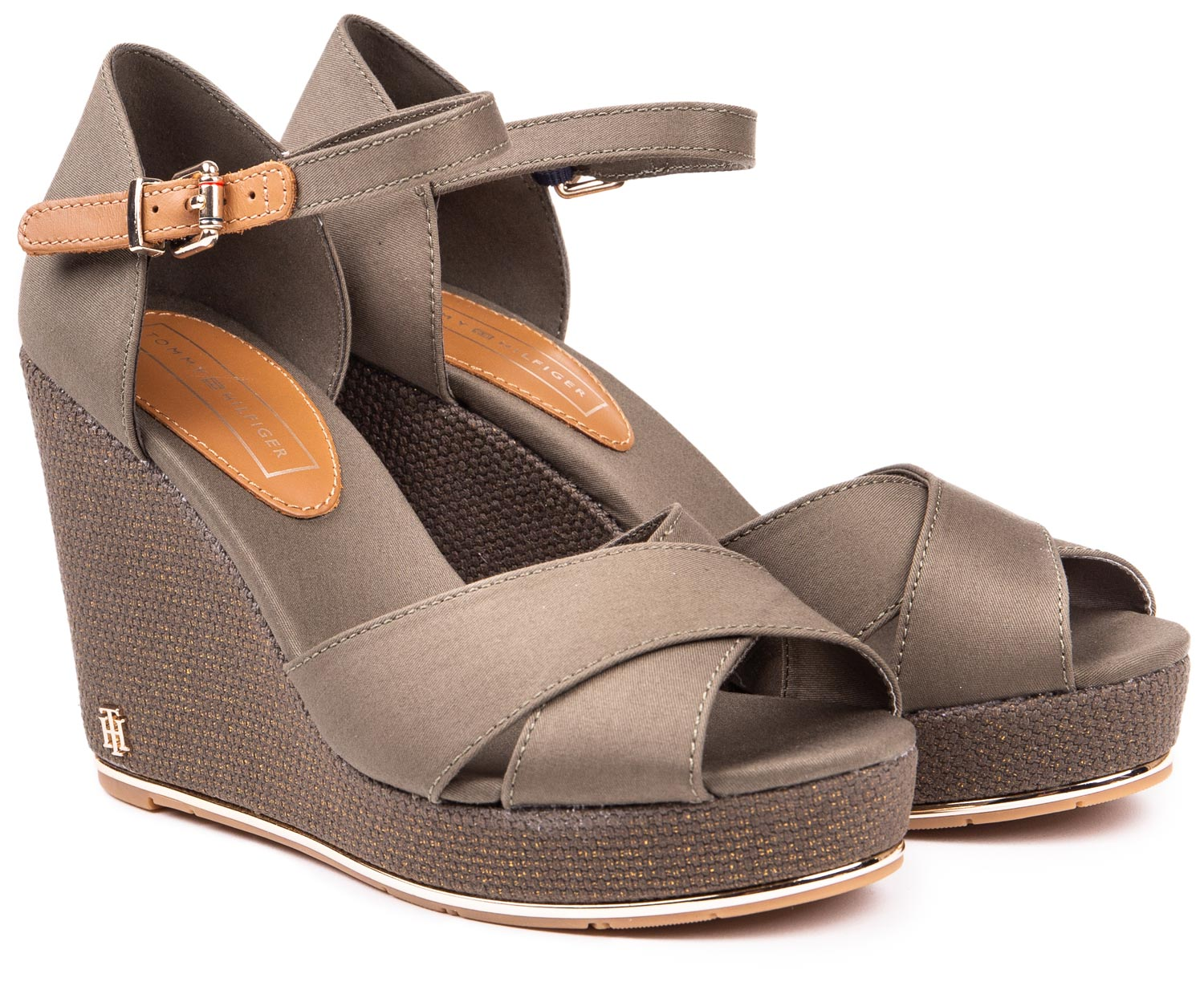 Tommy Hilfiger зелени на платформа Feminine Wedge Sandal Baci Dusty Olive