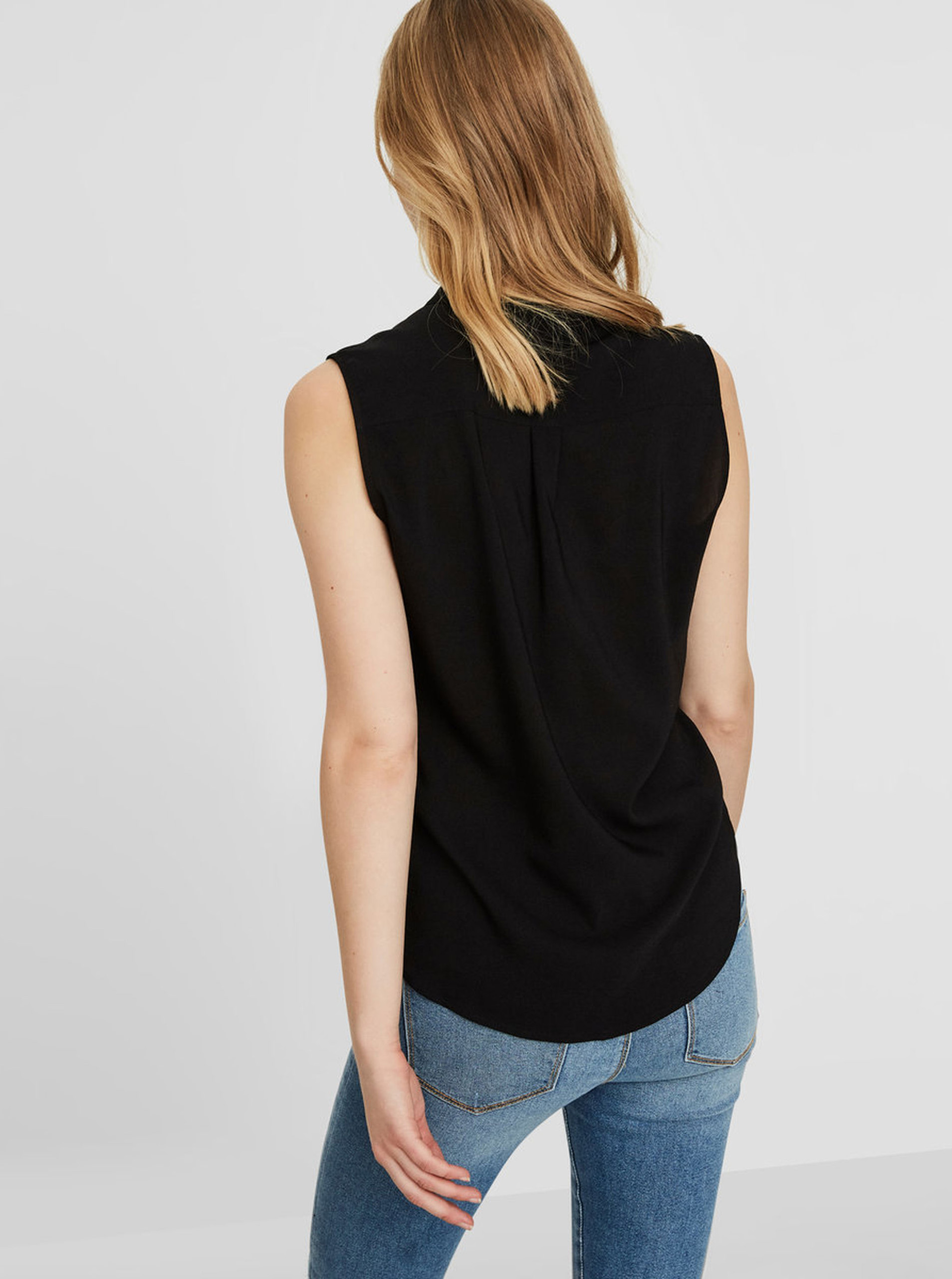 Черна полупрозрачна блуза без ръкави VERO MODA Erika