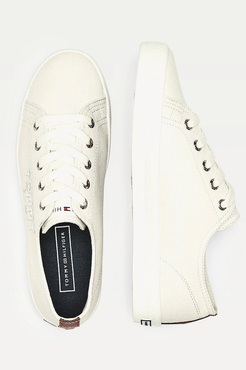 Tommy Hilfiger сметанови / кремови кецове Logo Embroidery Low Top Trainers