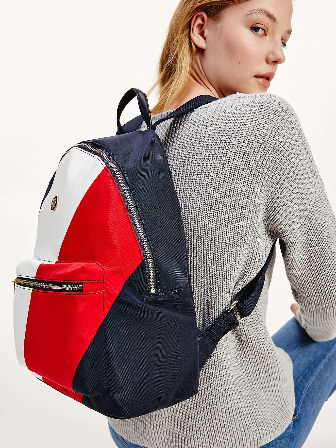 Tommy Hilfiger цветен раница Poppy Back Pack Soft Nylon Corporate Mix